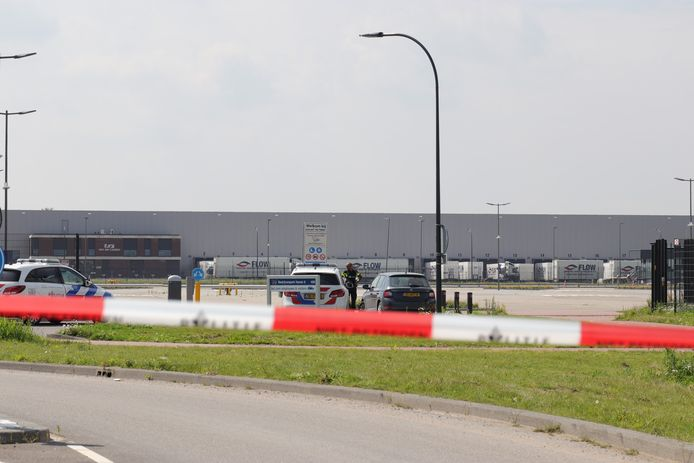 Pakketweg in Waalwijk afgesloten na gewapende overval op Bol.com