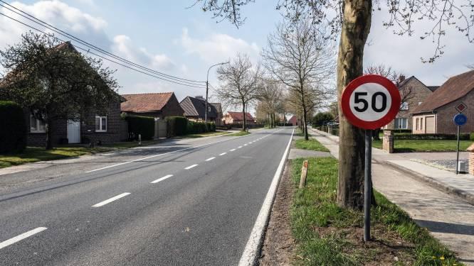 """Aanpassing snelheid op gedeelte Kemmelseweg:  """"Hiermee maken we de oversteek aan de kazerne veiliger"""""""