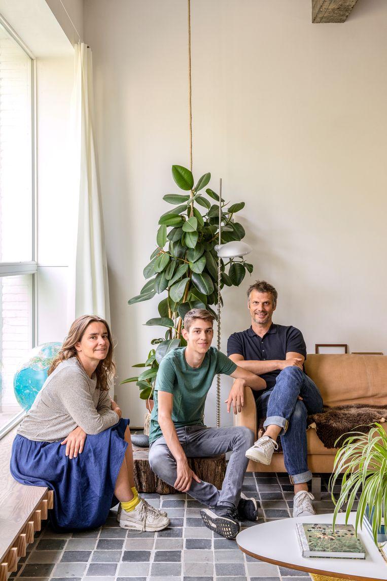 Valeria en Wim met zoon Joseph. Beeld Helenio Barbetta