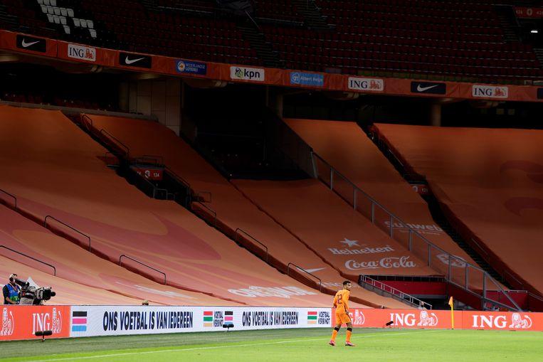 Bij de vriendschappelijke wedstrijd tussen Nederland en Mexico, in oktober 2020, bleef de Johan Cruijff Arena leeg. De Uefa eist dat bij het EK fans aanwezig zijn. Beeld Getty