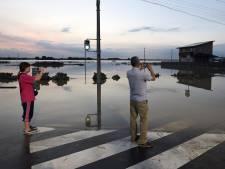 Minstens drie doden door overstromingen Japan