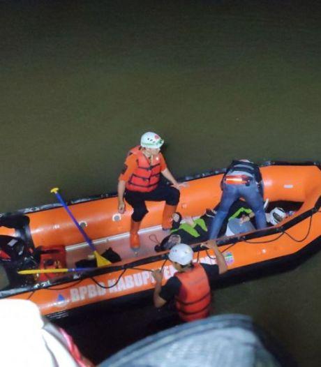 11 scouts indonésiens périssent noyés au cours d'une randonnée