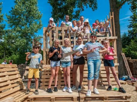 Eerste huttenbouw-evenement in Gouda staat als een huis