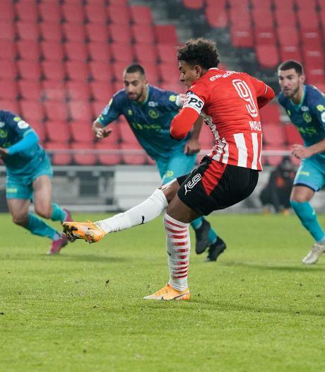 Gok van Schmidt pakt goed uit: slecht spelend PSV verslaat Sparta dankzij invaller Malen