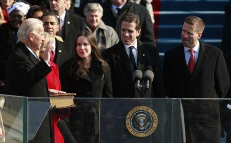 Joe Biden wordt ingezworen als de nieuwe vice-president. Beeld UNKNOWN