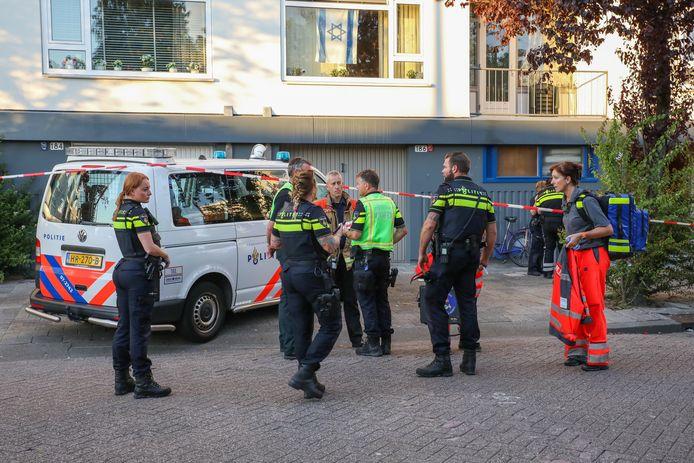 De politie doet onderzoek bij de Homerusstraat.