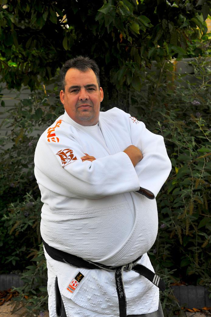 Judoleraar Richard Snik gaat als scheidsrechter voor mensen met een beperking naar het EK in Londen.