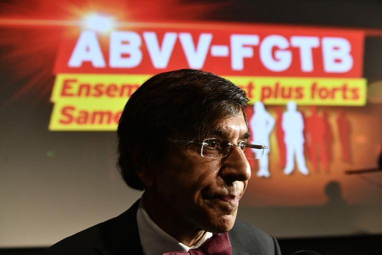 Een aandachtig toeschouwer op het congres van het ABVV, PS-voorzitter en ex-premier Elio Di Rupo. Beeld BELGA