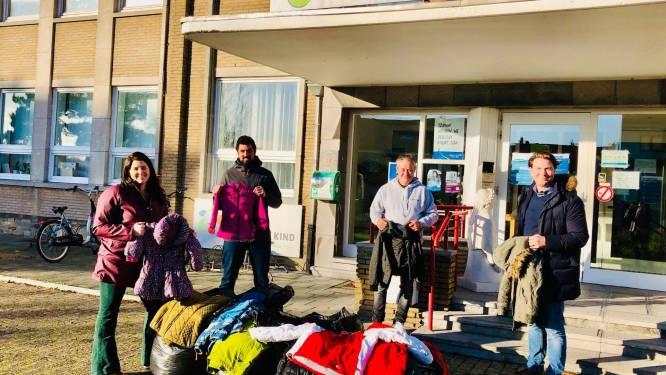 Tientallen kinderen en volwassenen kunnen zich verwarmen dankzij ingezamelde winterjassen