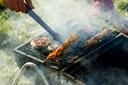 Steek jij de barbecue aan? Bezorg ons jouw leukste en mooiste beelden via 04 74 74 65 02 of stuur ze naar video@hln.be