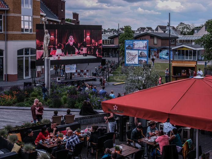 Het terras van grand café Remigius in 2019.