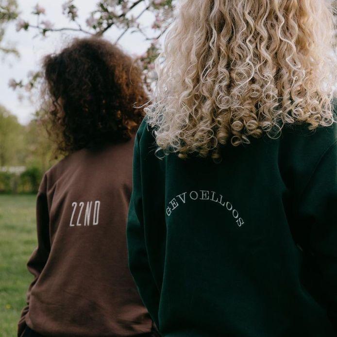 Rian Snoeks dropt komende zaterdag de outfits uit de videoclip van zijn nieuwe single 'GEVOELLOOS' bij Twenty Second Vintage.