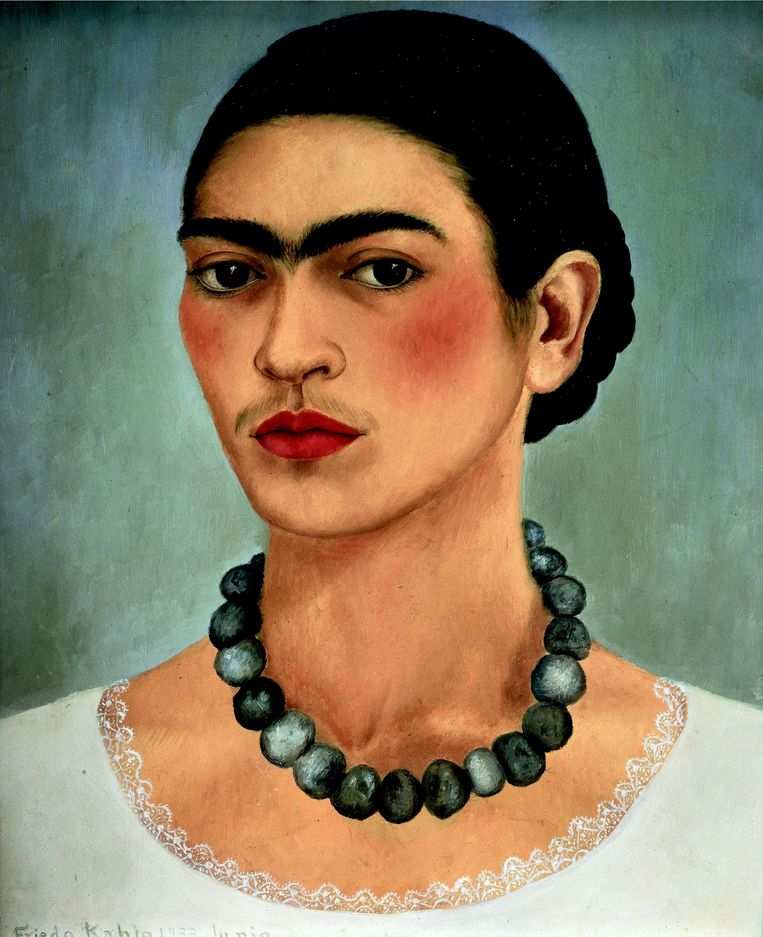 'Zelfportret met halsketting', Frida Kahlo, olie op canvas, 1933.   Beeld Frida Kahlo/Belga