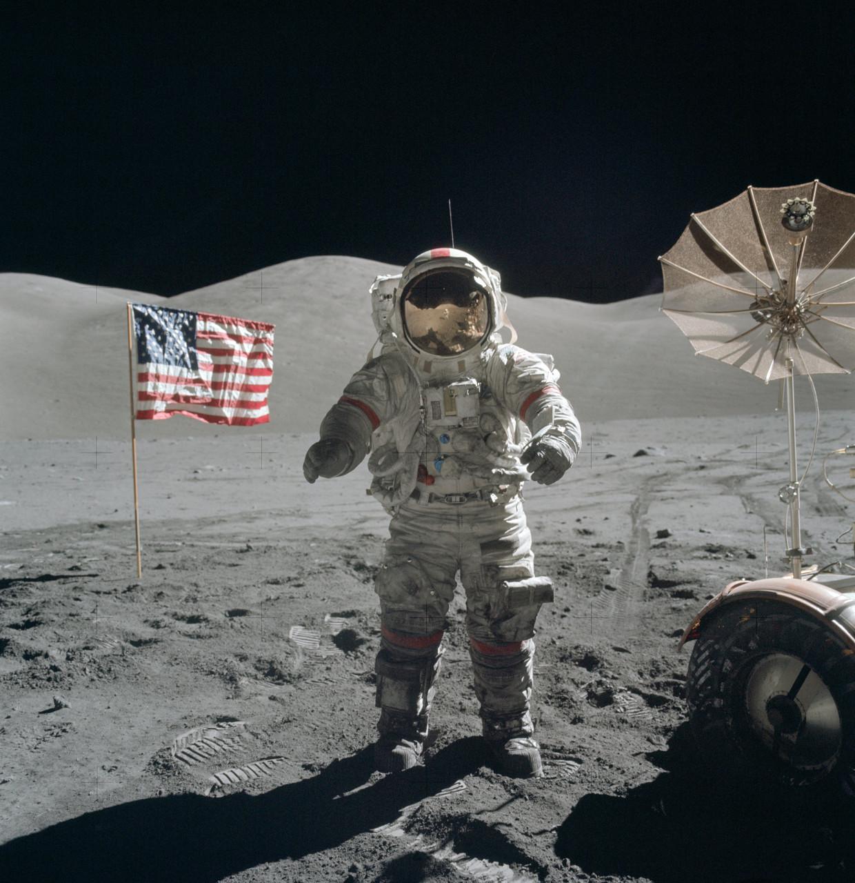Gene Cernan, de laatste mens op de maan, vlak voor zijn derde maanwandeling