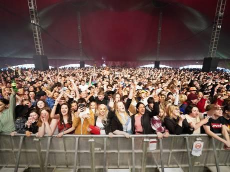 Un concert-test rassemble 5.000 personnes sans masque ni distanciation à Liverpool
