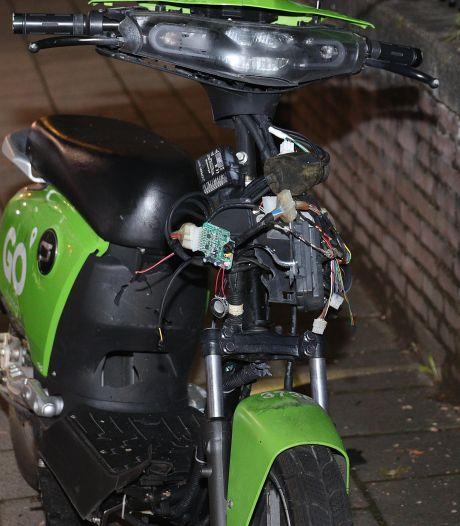 Go Sharing-scooter opgeblazen in Waalwijk