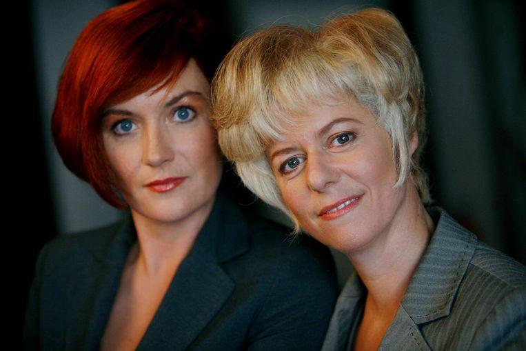 Maike Meijer en Margot Ros als een van de typetjes die zij spelen in Toren C. Beeld anp