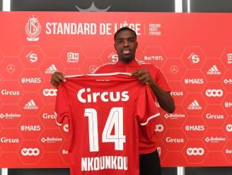 """Niels Nkounkou moet de concurrentie op links aanscherpen bij Standard: """"Mijn seizoen zal geslaagd zijn als we Europees voetbal halen"""""""