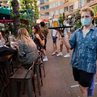 nog-nooit-kende-nederland-zon-warm-jaar-als-2020