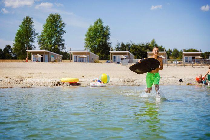 Waterplezier aan het strand