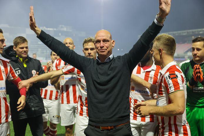 Klaas Wels nam gisteren afscheid bij TOP Oss.