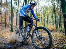 Natuurclubs slaan alarm over drukte op Veluwezoom: 'Mountainbikers jagen overal doorheen'