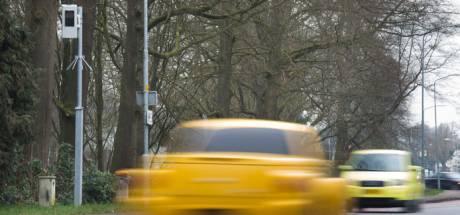 Deze flitspaal is het bonnenkanon van Gelderland: bijna 24.000 automobilisten bekeurd