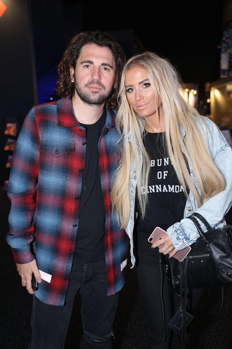 Dimitri Vegas en zijn echtgenote Anouk Matton tekenden present.