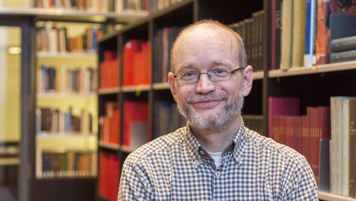 Conservator Edwin Buijsen van het Mauritshuis.
