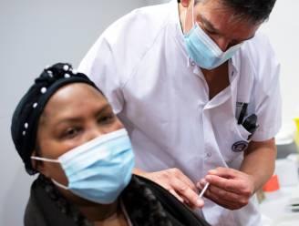 LIVE. 400 Belgen gaan Chinees coronavaccin testen - Artsen in verzet tegen vaccinatiestrategie