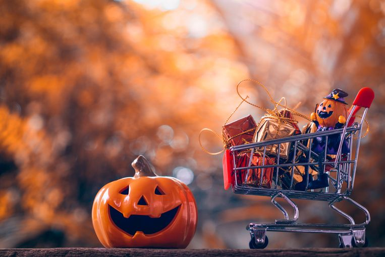 Nog snel een handtas scoren voor je halloweenfeest
