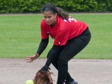 Kayleigh (29) is moeder, sociaal therapeut én softbalster: 'De meiden hebben geweldig meegeleefd'