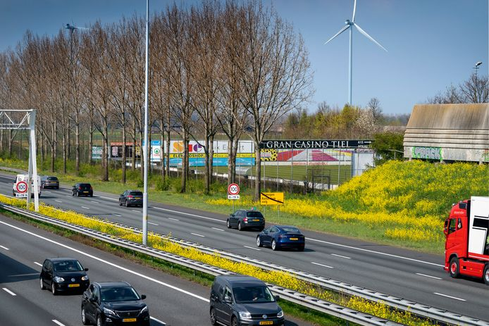 Snelweg A2 bij afrit Waardenburg. (archieffoto)