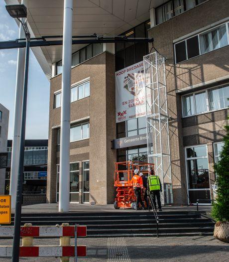 Ook vogels voortaan welkom op stadskantoor: Breda plaatst groene torens bij ingang
