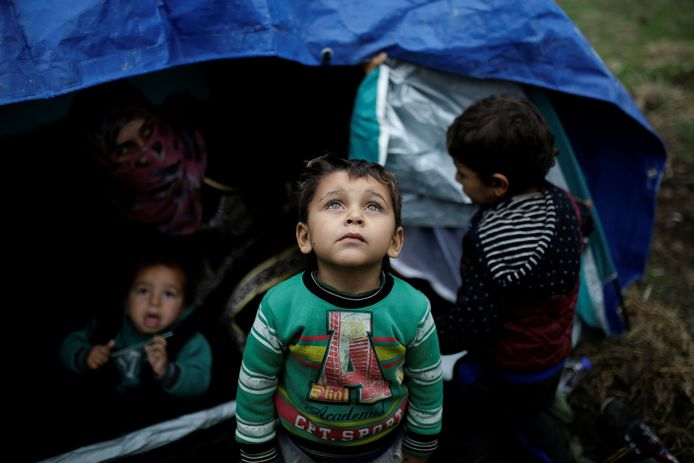 Vluchtelingenkinderen in kamp Moria op Lesbos, november 2017.