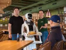 Robots in de bediening: fusionrestaurant Dadawan strijkt in plint van Tilburgse Midi-complex neer