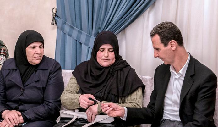 b10ca2f3a95 Assad niet onder indruk van tweets Trump | Vergeldingsactie Syrië ...