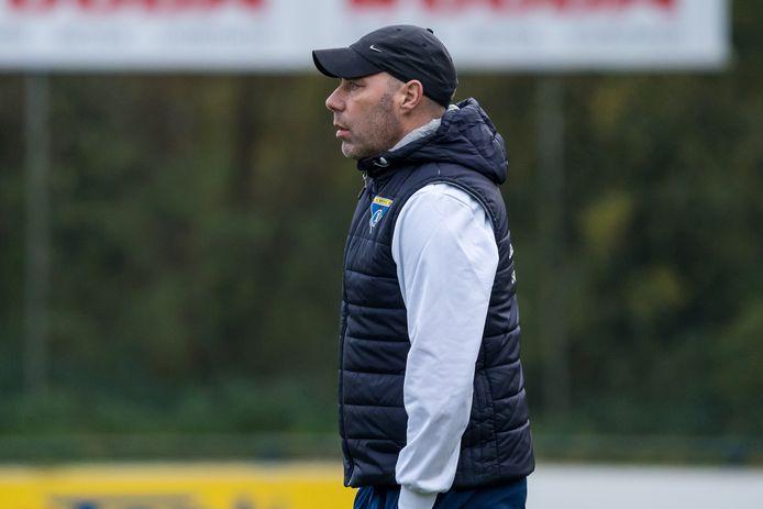 Amsterdammer Michel van Oostrum, nu trainer van Batavia'90 en komend seizoen actief bij Unitas, maakte namens PEC Zwolle twee treffers bij de laatste eredivisiezege in eigen huis, in 1988.