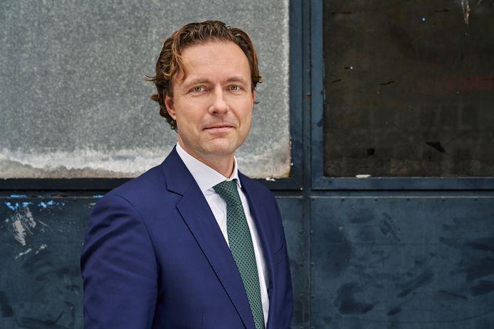 Wethouder Bas Kurvers (VVD) meldt dat woonplicht per direct ingaat bij nieuwbouwprojecten.