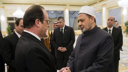 """Invloedrijke Egyptische imam roept op """"terroristen te doden en kruisigen"""""""