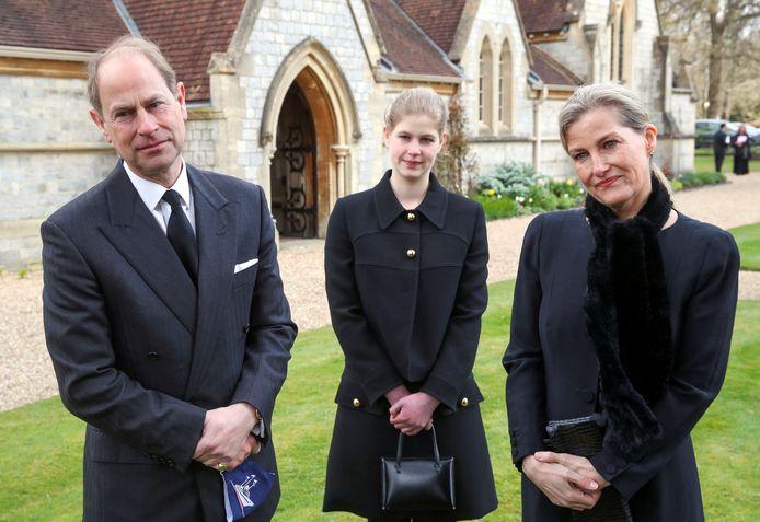 Prins Edward met Sophie, Countess of Wessex, en hun dochter Lady Louise.