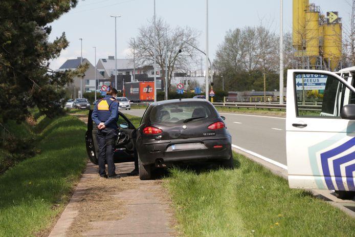 De chauffeur reed al spookrijdend weg, maar moest al snel met een kapotte motor halt houden.