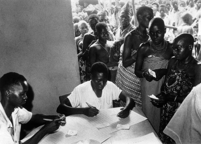 Onder druk van de internationale gemeenschap moest België in 1961 vrije verkiezing in Burundi toelaten. Rwagasore won, maar werd een paar weken later vermoord. Beeld Getty