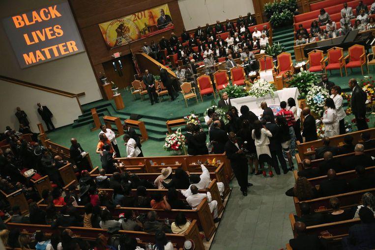 Familie en vrienden namen vandaag afscheid van Freddie Gray in Baltimore. Beeld GETTY