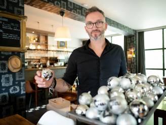 """Grillrestaurant Chez Nona deelt gratis kerstballen uit: """"Wie veel maaltijden bestelt, heeft kerstboom snel versierd!"""""""