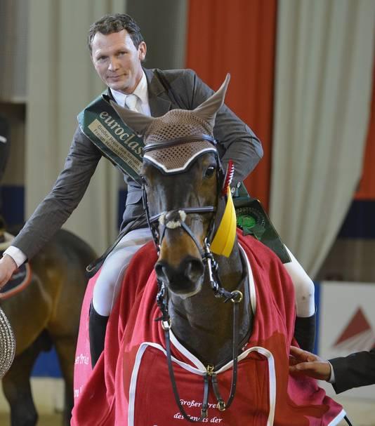 Belgisch ruiter Jan Vinckier met Emilie de Diamant.