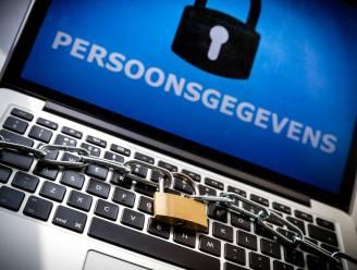 """Dief slaat gestolen laptop kapot voor ogen politie: """"Om mijn privacy te beschermen"""""""