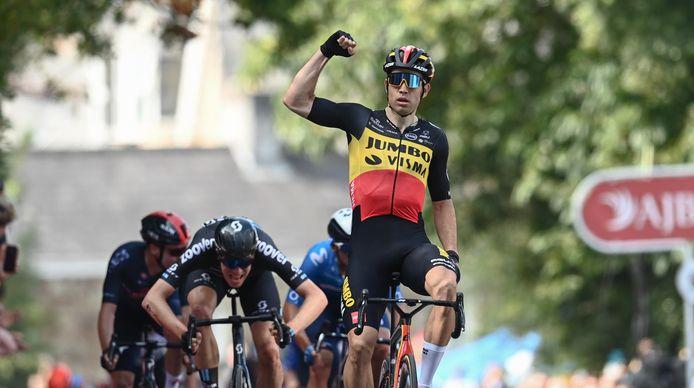 Wout van Aert won gisteren de openingsrit in de Tour of Britain.