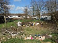 Zwolse buurt boos over illegale afvalbelt: 'Waar sláát dit op!'