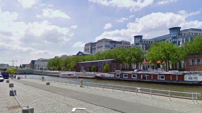 Drenkeling in Brussels kanaal dient duiker twee vuistslagen toe en bijt hem in de hand